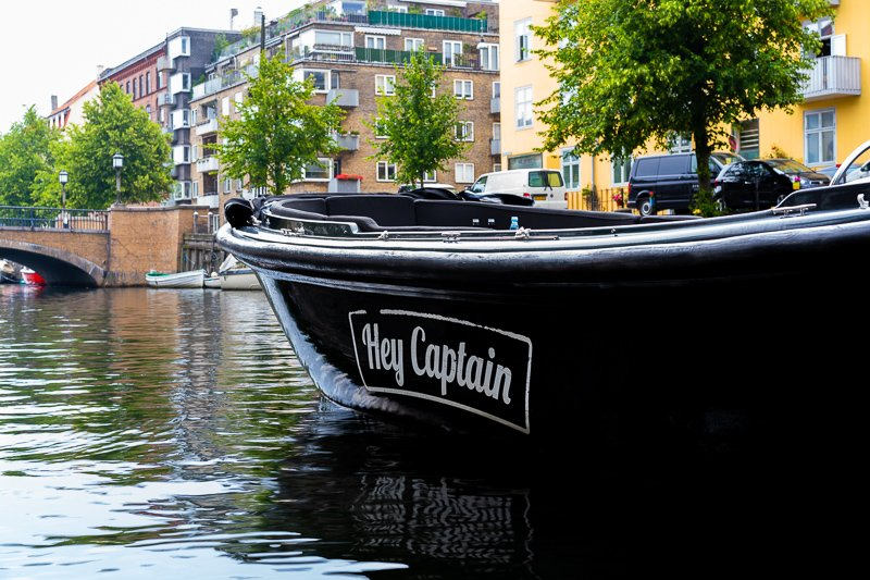 Copenhagen Canal tour and boat tours with Hey Captain