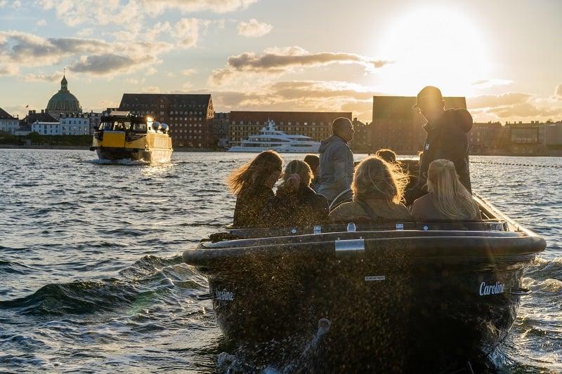 Havnerundfart og kanalrundfart i københavn med Hey Captain