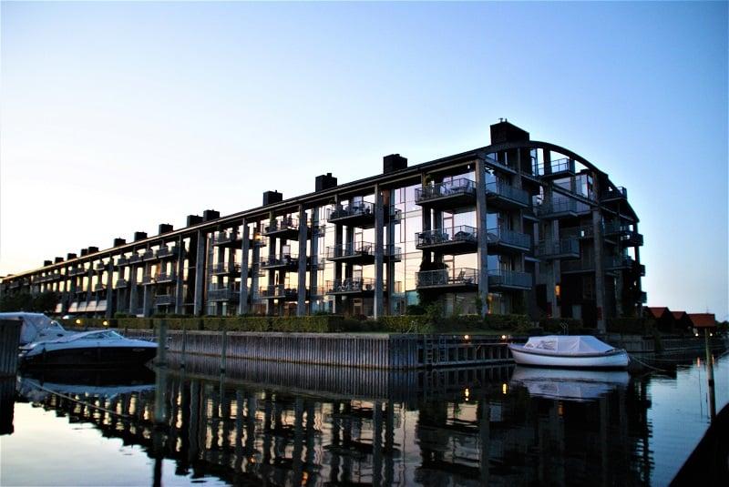 Copenhagen Canal tour - havnerundfart og kanalrundfart i københavn - boat tour copenhagen - Hey Captain 107