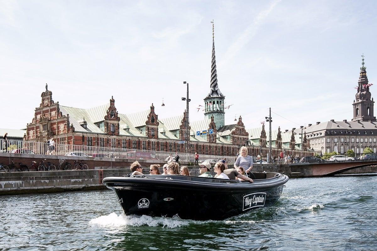 Hey Captain Copenhagen Canal tour - havnerundfart og kanalrundfart i københavn