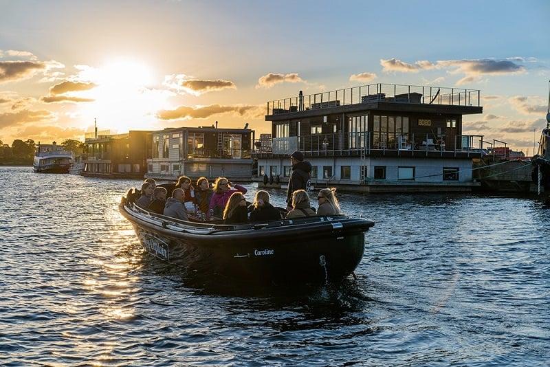 Hey Captain_ Copenhagen canal tour_Kanalrundfart_Nyholm