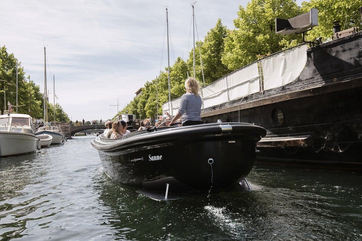 Copenhagen Canal tour - havnerundfart og kanalrundfart i københavn - boat tour copenhagen - Hey Captain 10